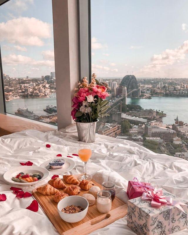Breakfast in bed at the Shangri-La hotel Sydney overlooking Sydney Harbour