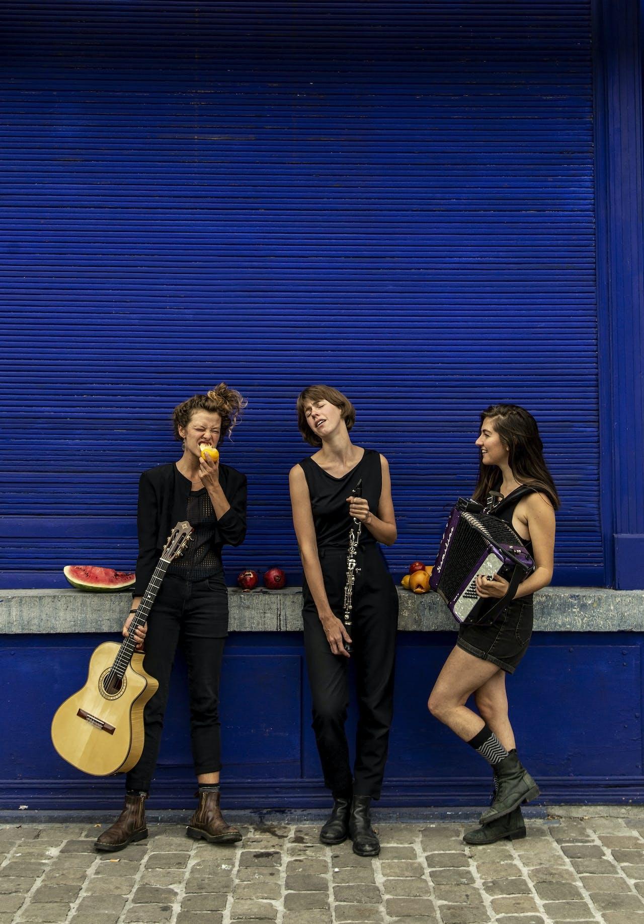 Best Of The Listening Room | Meet Las Lloronas