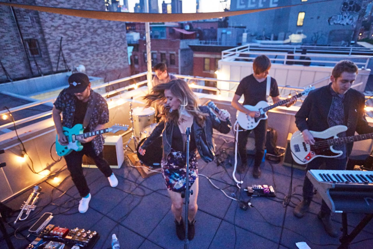 Backstage Pass: SWELLS, Sofar Austin Leaders → Buzzy Indie Pop Act