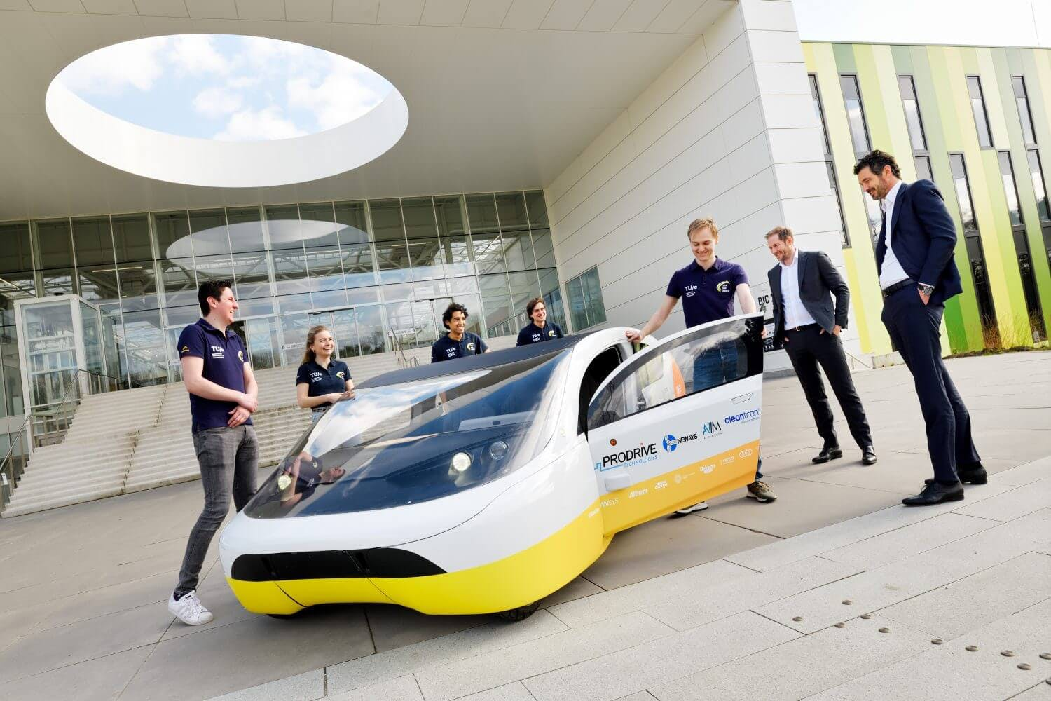 Solar Team Eindhoven continues partnership with Brainport Industries Campus
