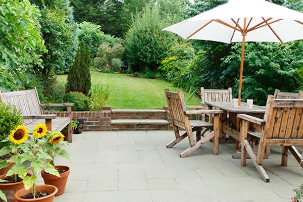 neem je tuin of terras onder handen