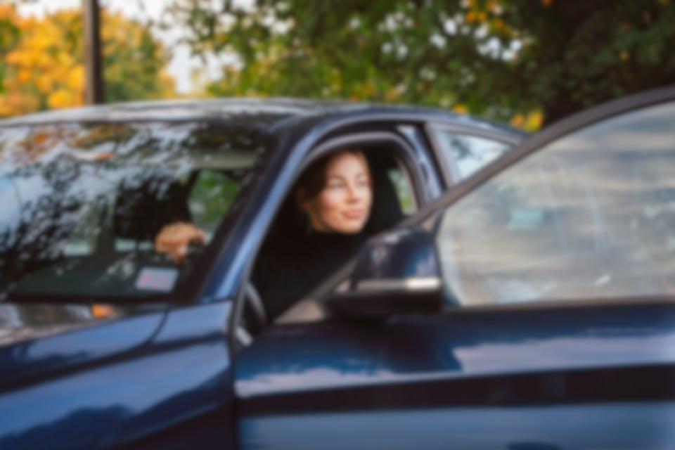 Kilpailuta autolaina käytettyyn autoon