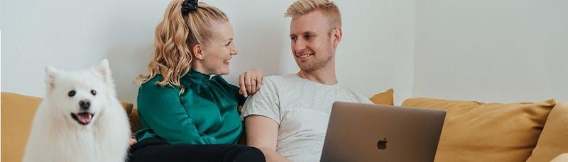 Pariskunta tutkii korkokaton vaikutuksia talouteen