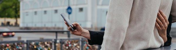 Sijoittaminen onnistuu myös mobiilisti