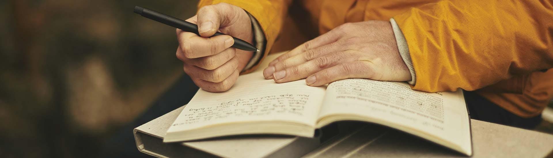 Kiitollisuus saattaa löytyä kiitollisuuspäiväkirjan avulla.