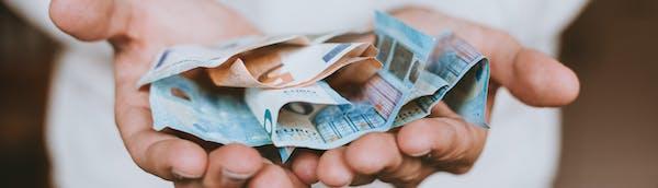 Suomen tyytyväisimmät asiakkaat löytyvät kaikkein vastuullisimpina pidetyistä pankeista.