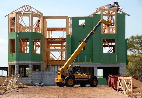 Sava māja – pirkt vai būvēt