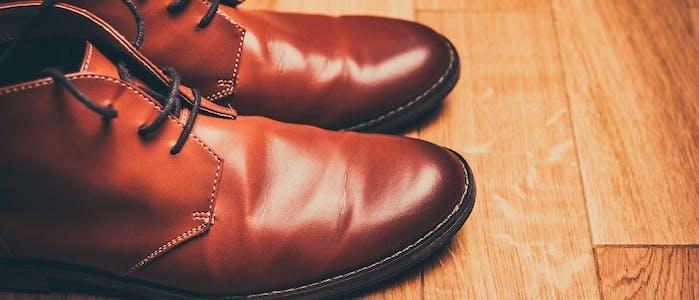 Herrenschuhe aus Leder