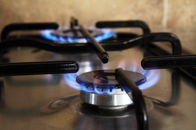Brennende Gasherd-Flammen