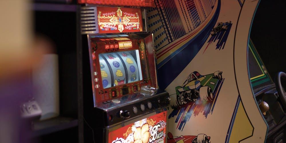 Antique gaming machines