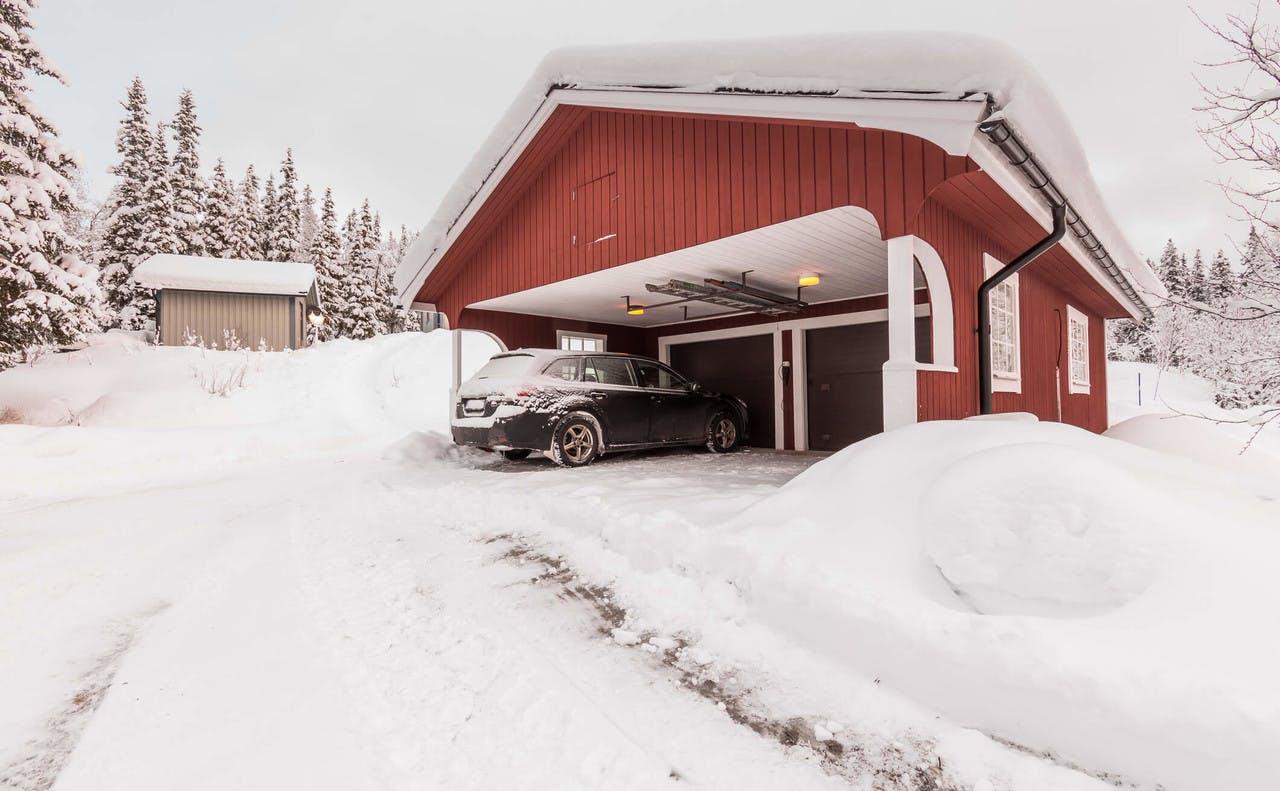 Hus om vinteren