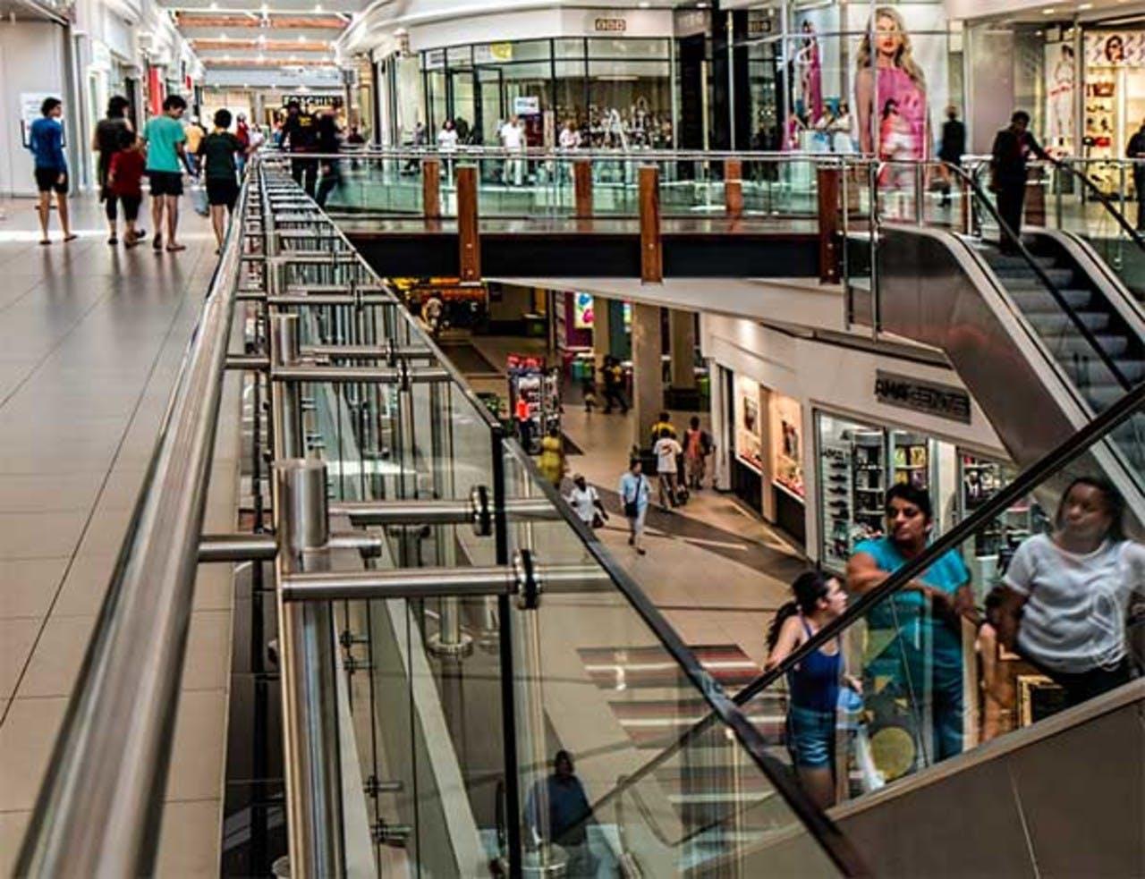 Bruker for mye penger shopping