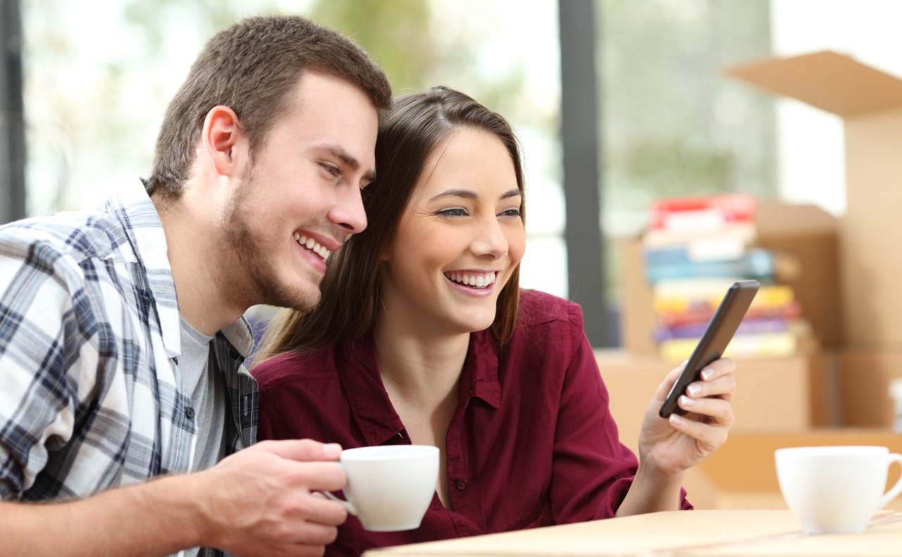 Par bruker telefonen