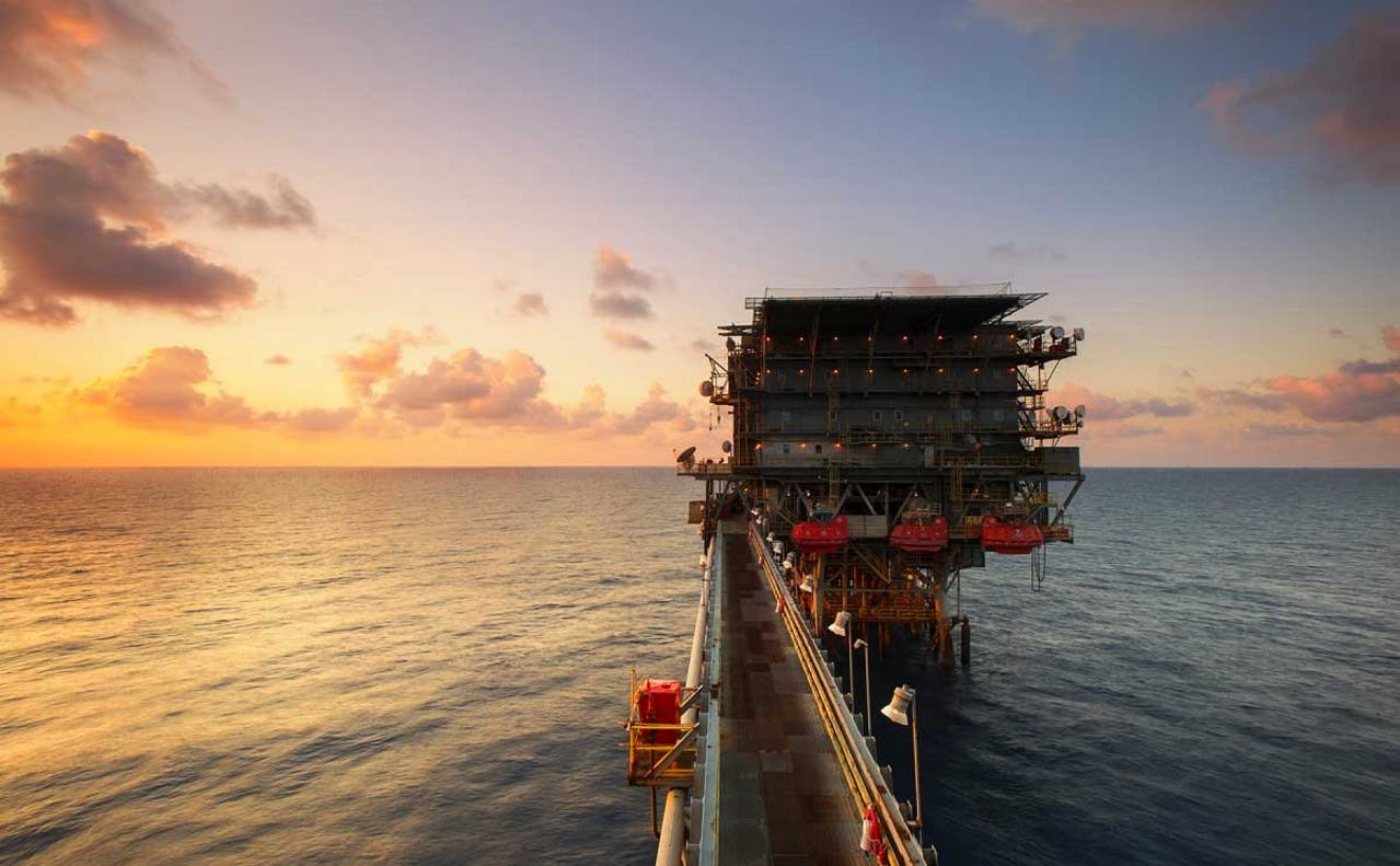 Erstatte oljeinntekter