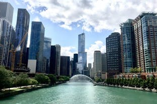 How about a pop-up space in Chicago? Look at this wonderful picture