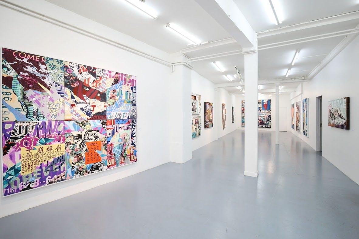 Intérieur d'une galerie d'art