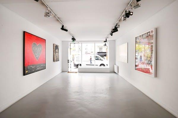 Grâce à Storefront, vous pouvez louer une galerie d'art pour votre événement