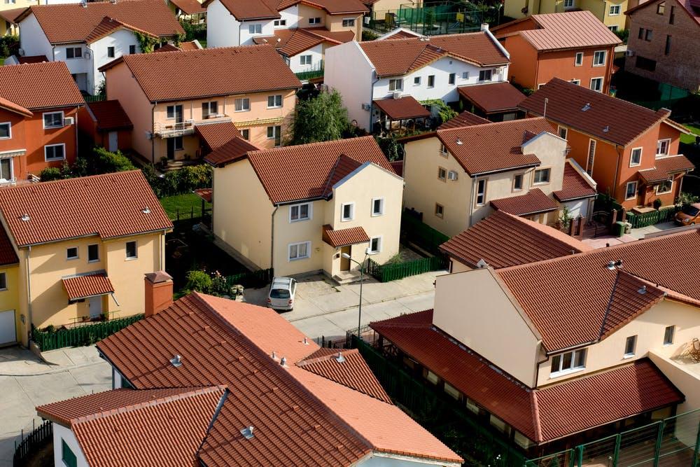 Care sunt avantajele unui ansamblu rezidential