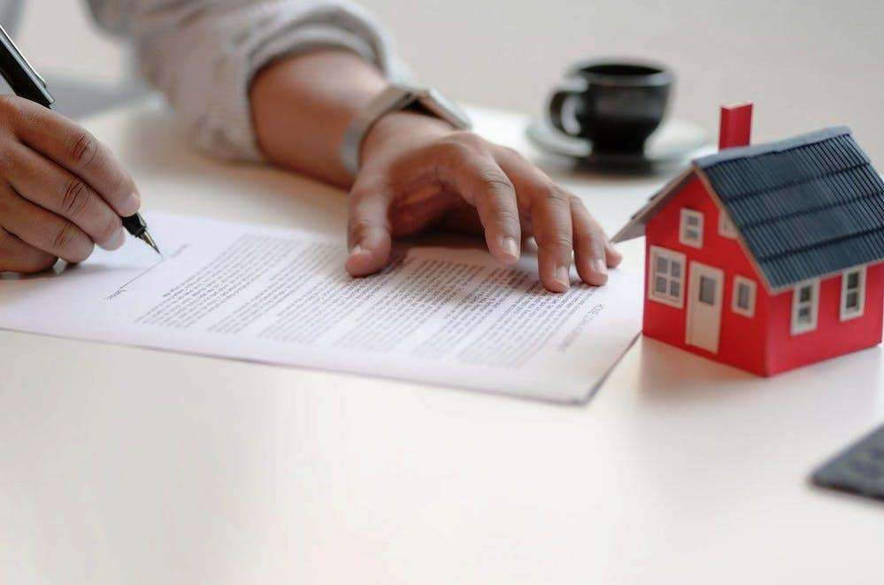 Creditul ipotecar și creditul Noua Casă, față în față. Avantaje și dezavantaje