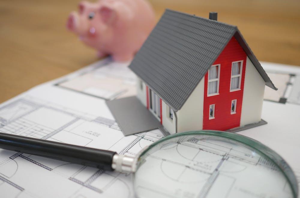 Comisionul imobiliar - ce reprezintă și cine îl plătește