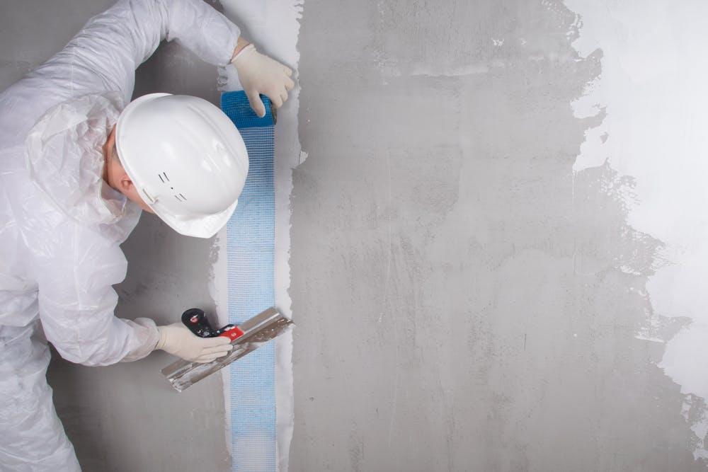cum se repara peretii din gips-carton