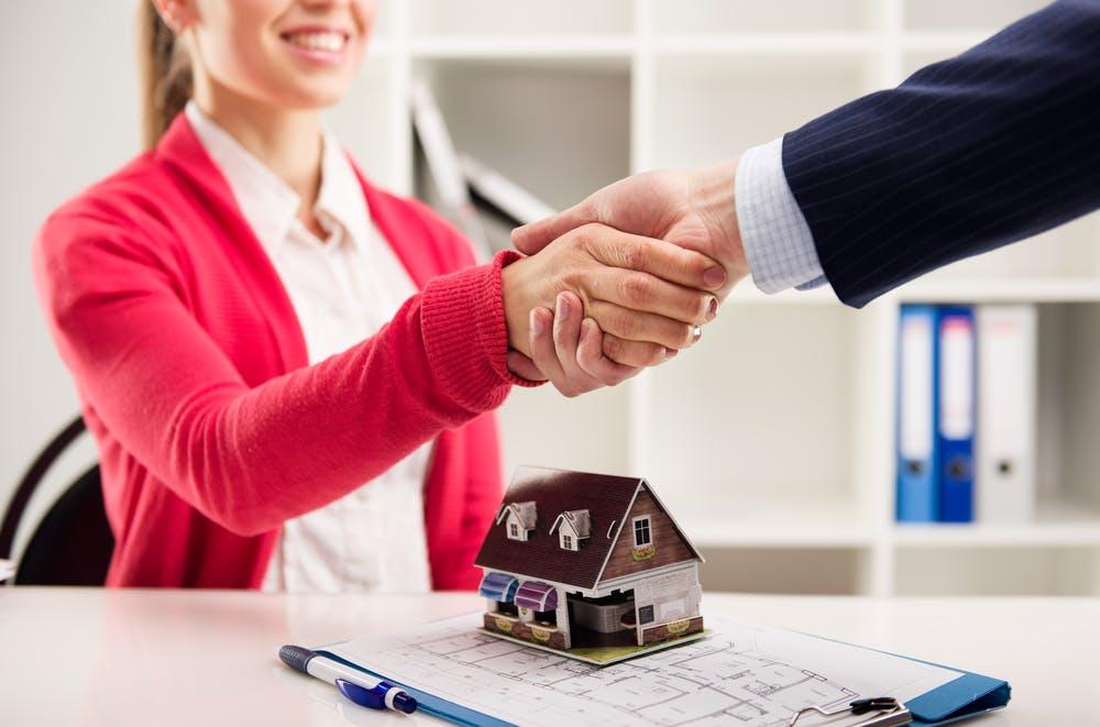 Vânzarea unui imobil ipotecat - ce implică desfacerea contractului ipotecar