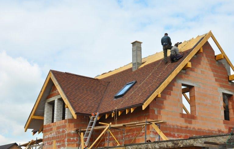 avantajele construirii unei case