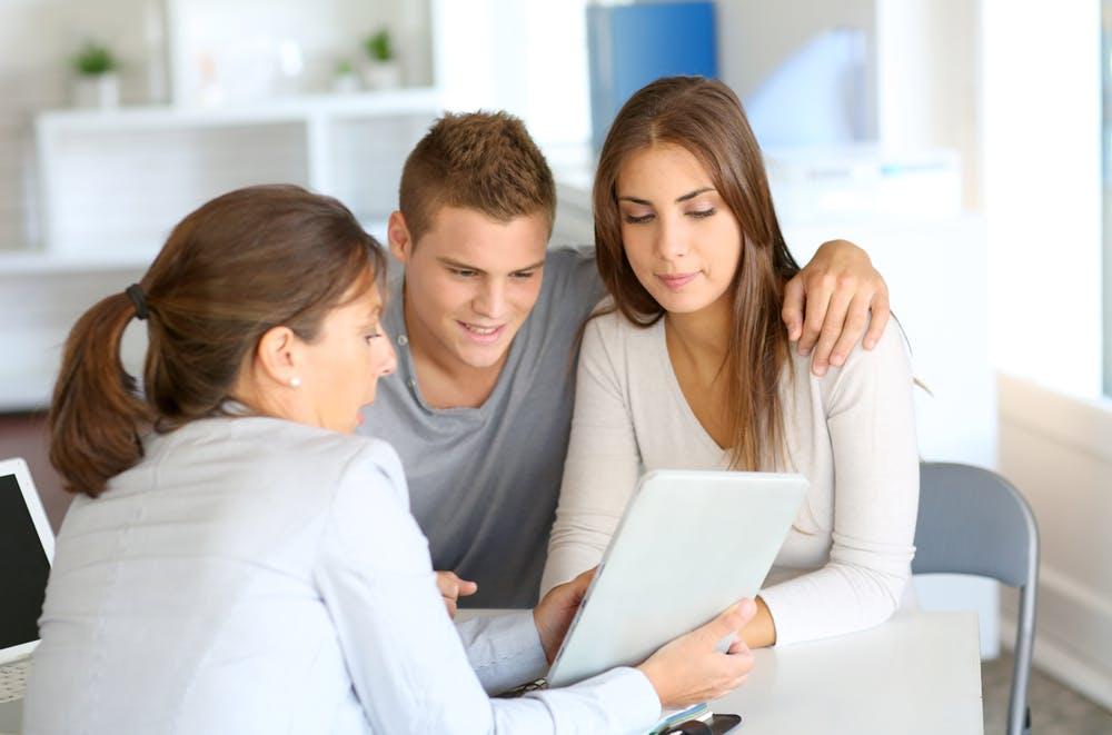 Ce este un broker de credite și cum te poate ajuta