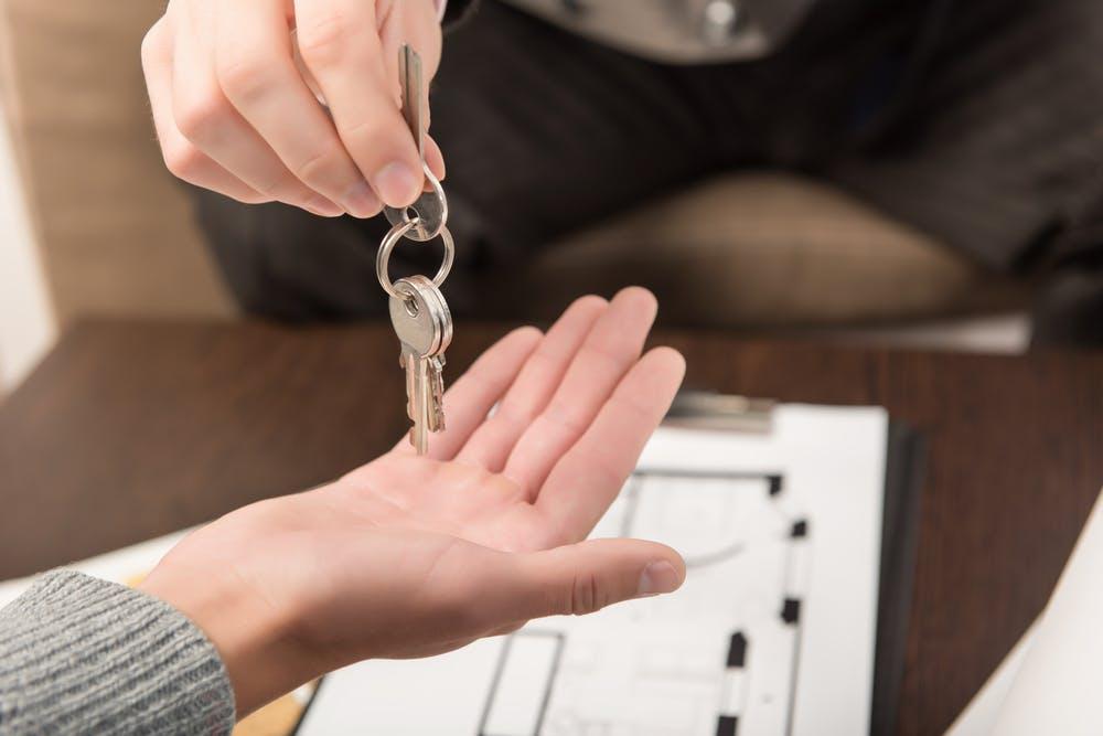Cum stabilesti daca locuinta pe care urmeaza sa o cumperi este o investitie profitabila
