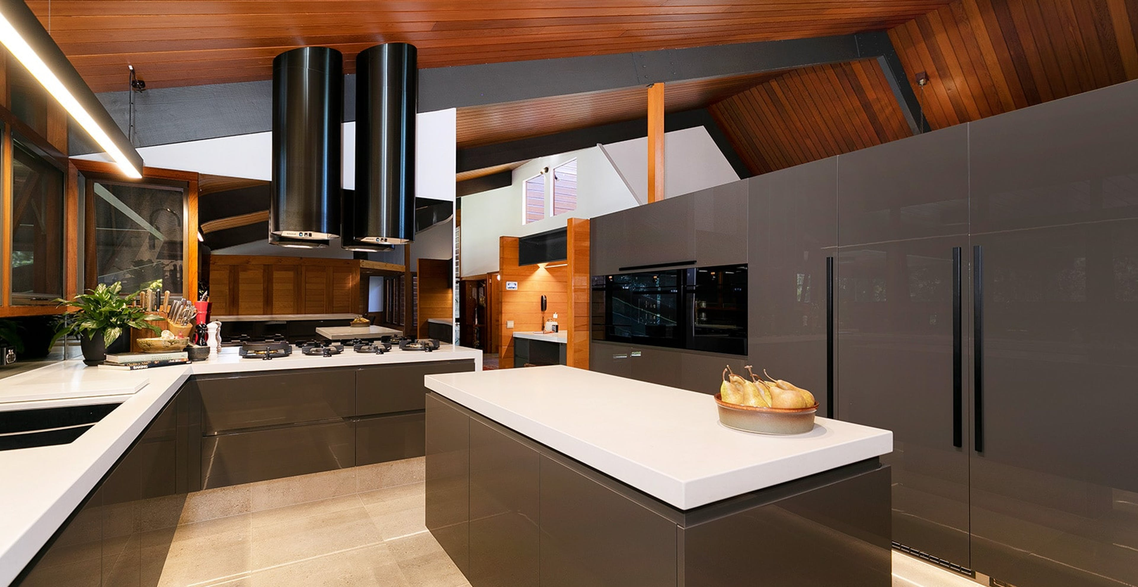 Award winning kitchens by Streamline Cabinets & Joinery