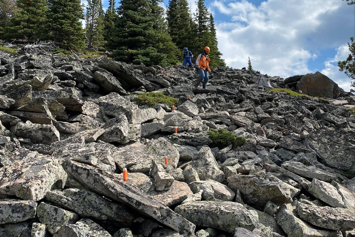 Doing seismic surveying in rocky terrain with STRYDE Nodes
