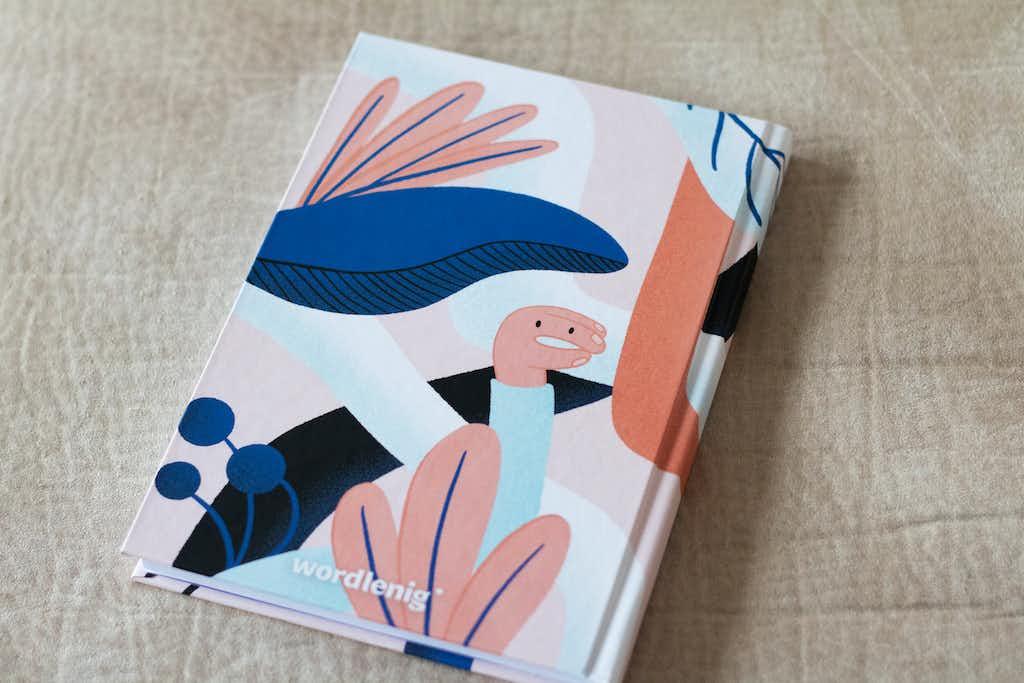 back notebook wordlenig