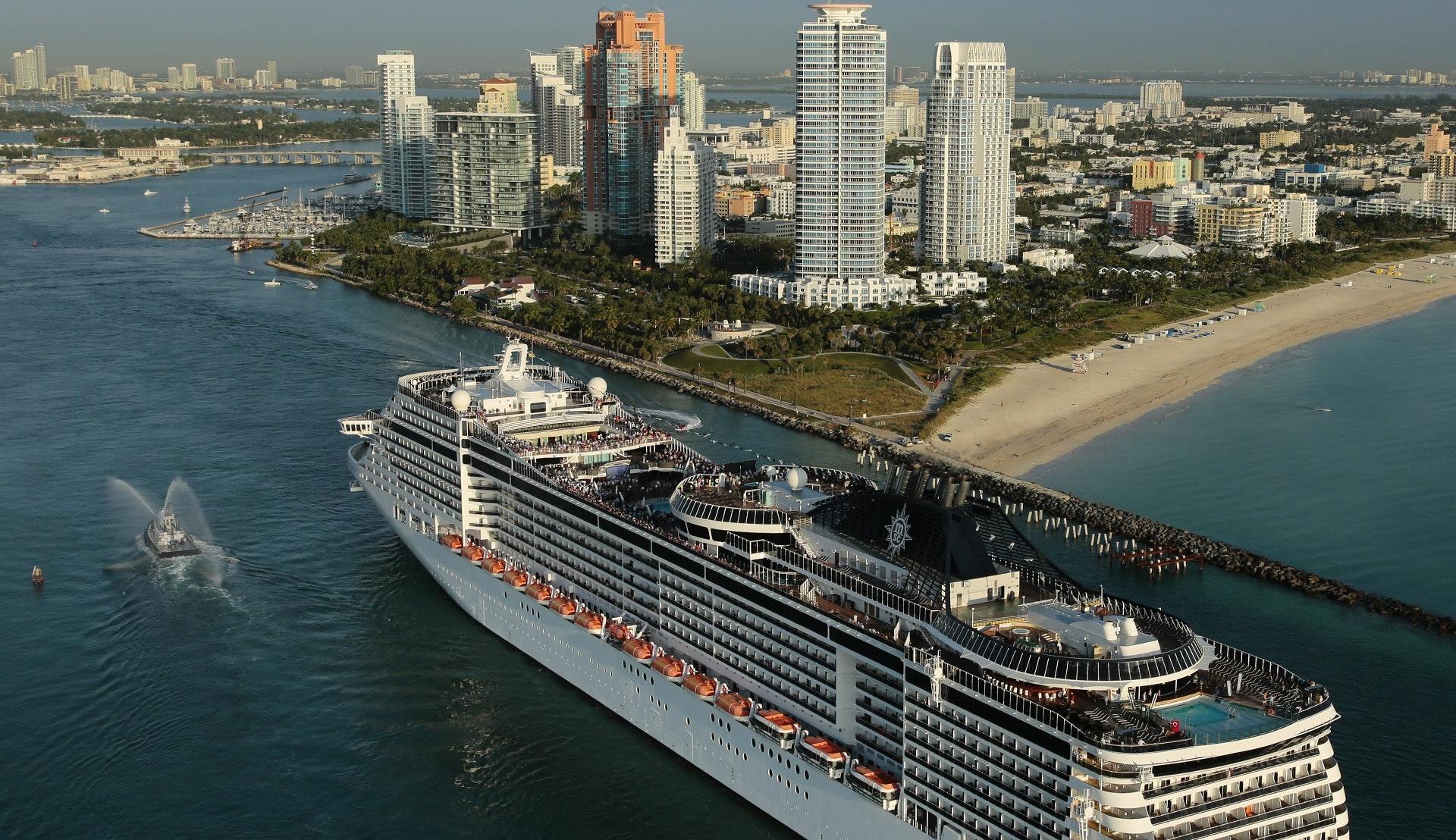 Msc Divina kryssar från Florida till Karibien
