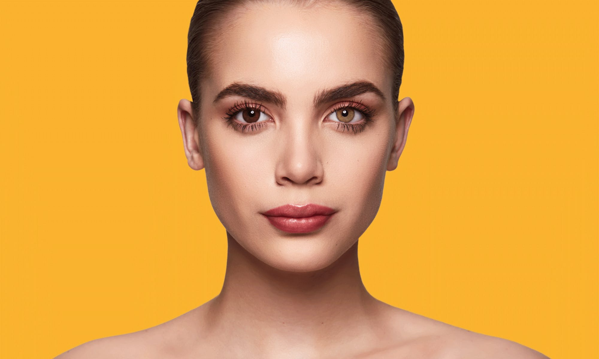 How do SWATI Hazel Brown Coloured Honey lenses look on brown eyes?