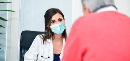 Vaccination COVID-19 : l'importance de la pharmacovigilance dans la relation de confiance