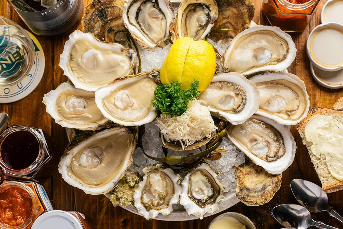 Top 10 Buck-A-Shuck in Toronto