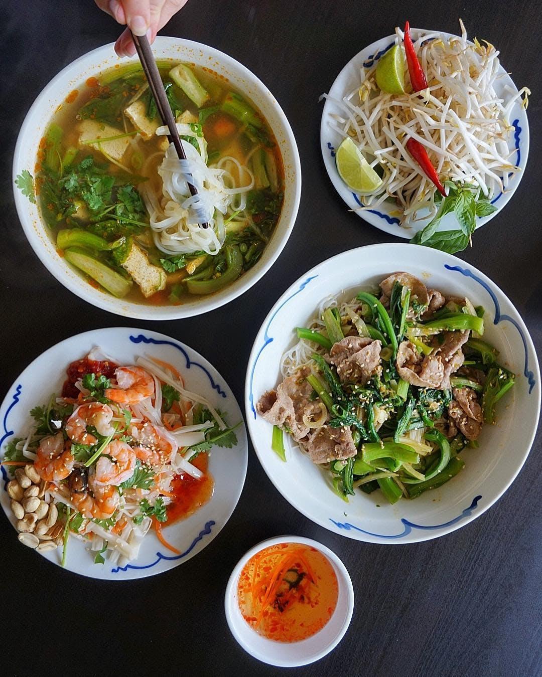 Hanoi 3 Seasons