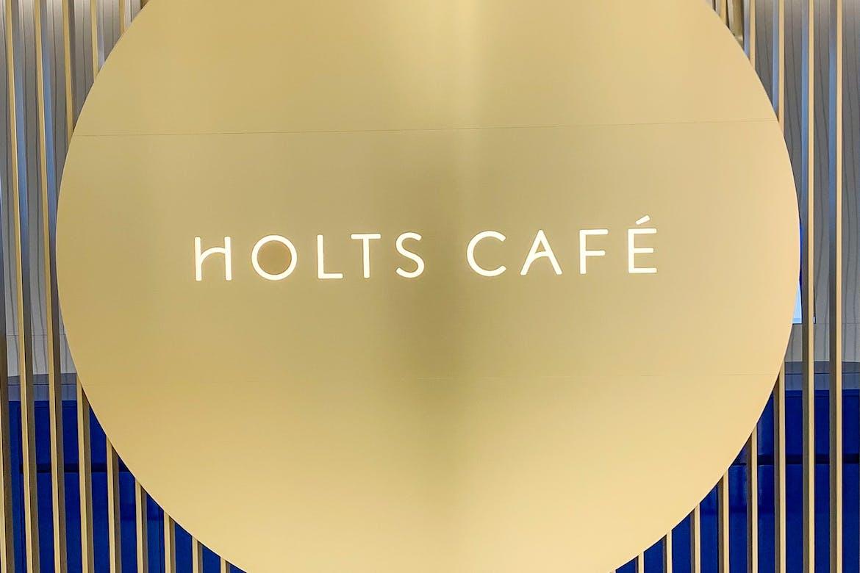 The Holts Café now open!
