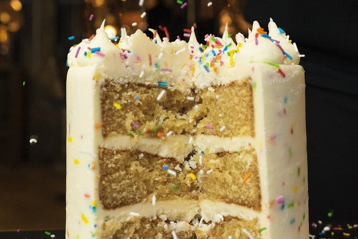 Here's Where to get the Best Birthday Cake in Toronto
