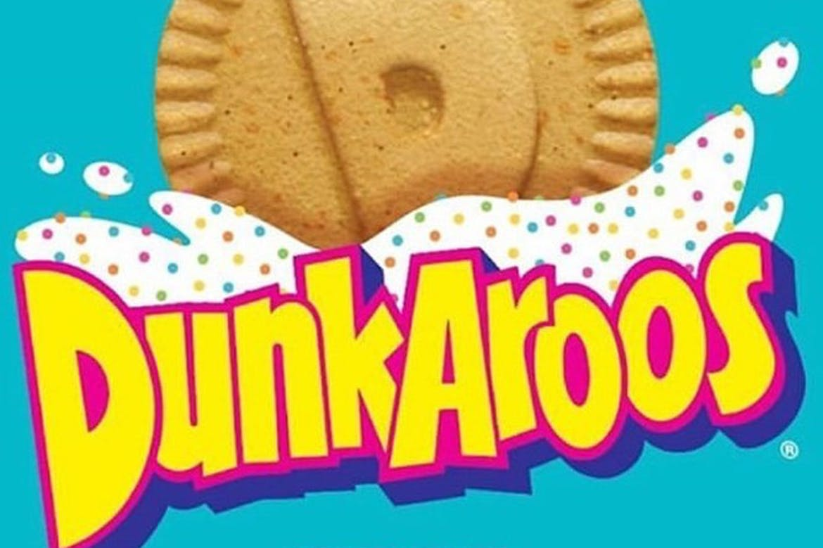 Put down your Tamagotchi because Dunkaroos are BACK!