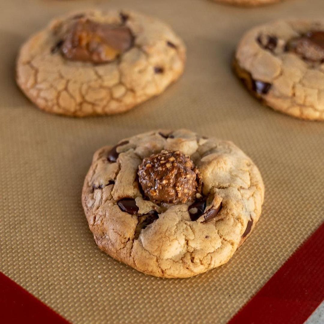 Chef Romain Avril's chocolate candy cookies