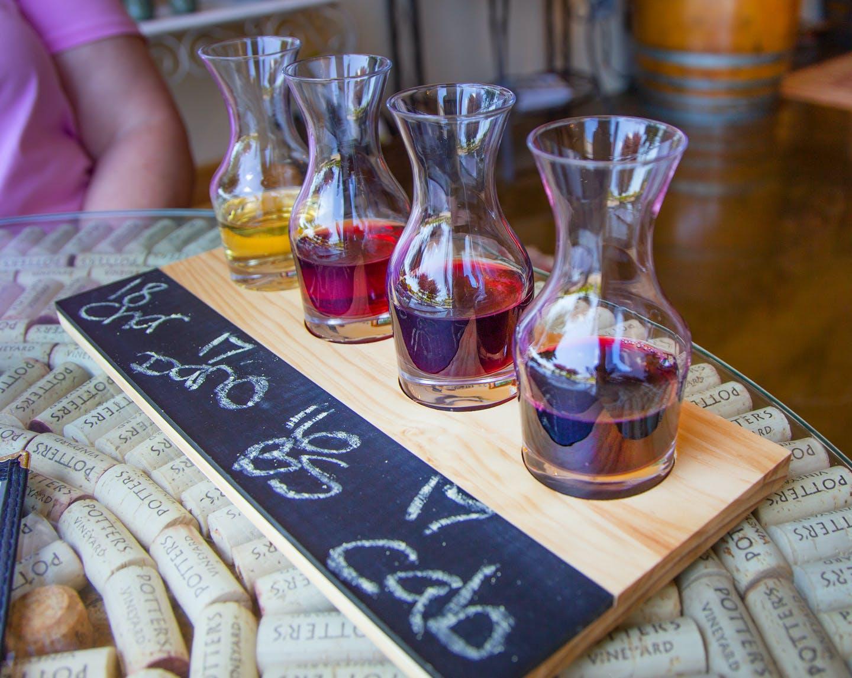 Wine Tastes at Potter's Vineyard - Newberg