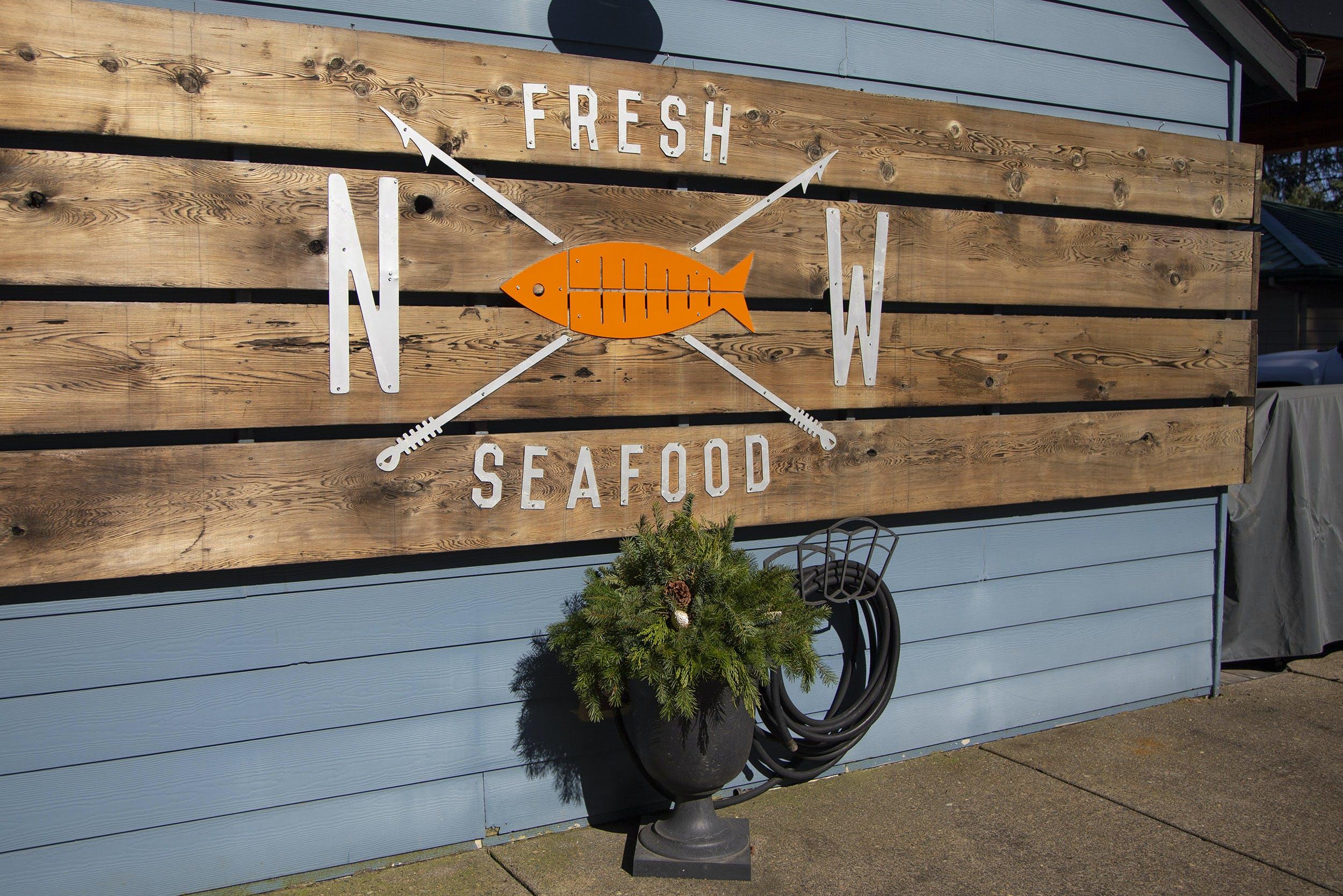 Newberg NW Fresh Seafood Sign