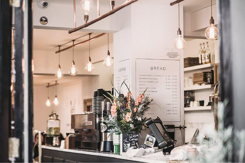 Nebenverdienst Kurzarbeit Cafe