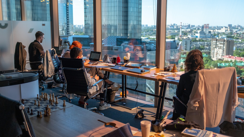 Büro Fenster Team