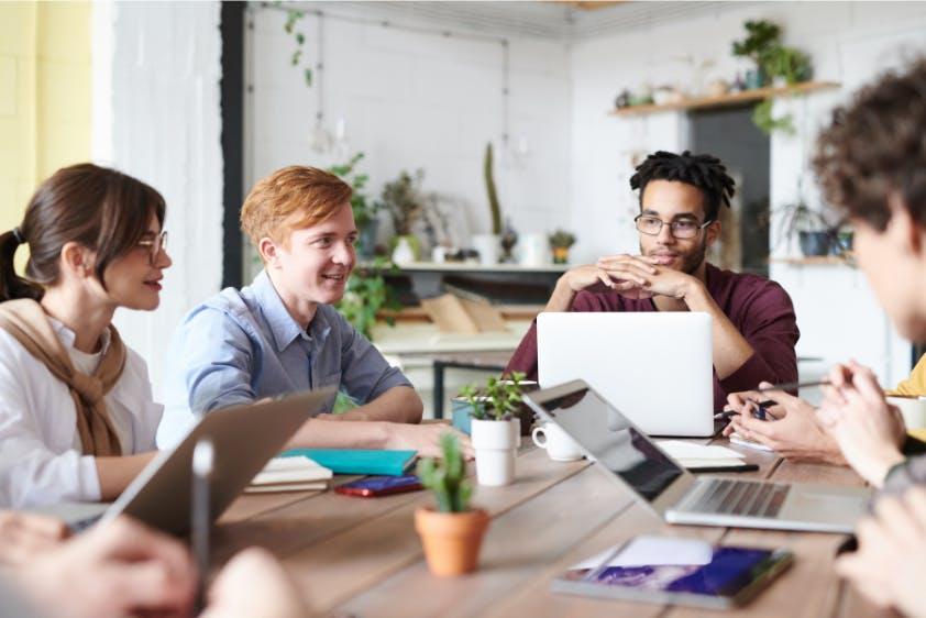 Meeting Start-up Laptops Planung