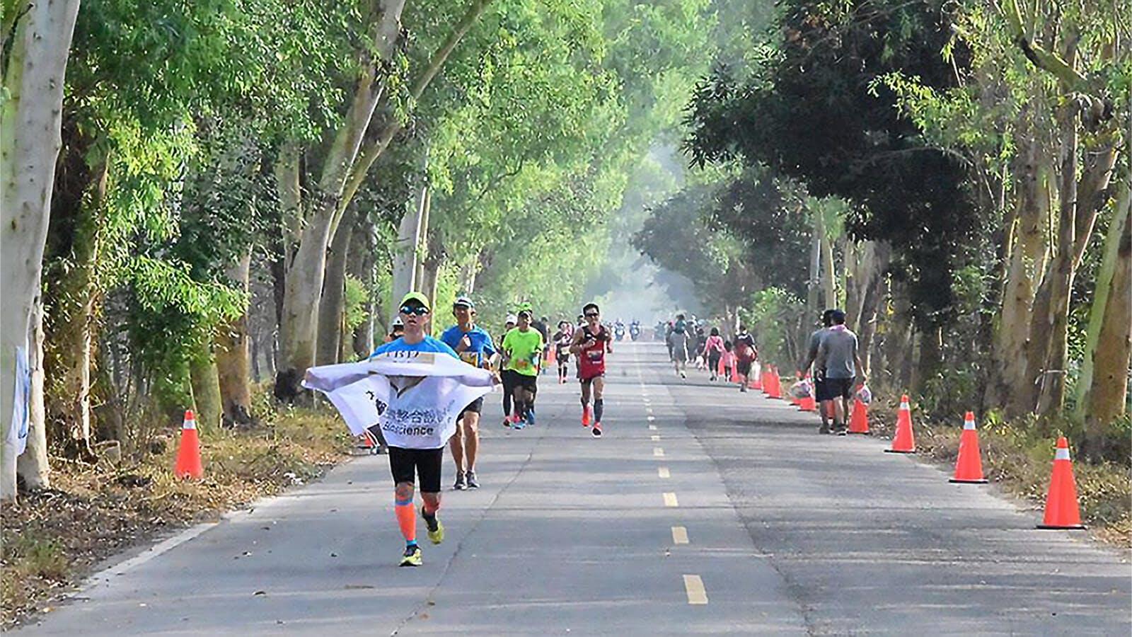 [自由时报]大江生医赞助 屏东红藜马拉松开跑