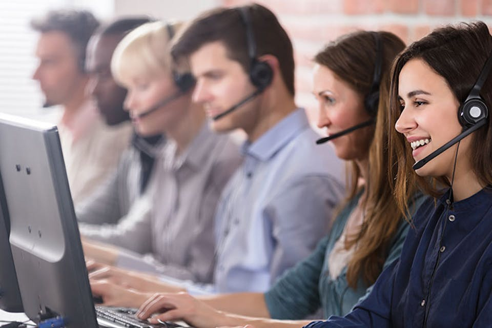 What are the Advantages of a Virtual Receptionist in the UK?