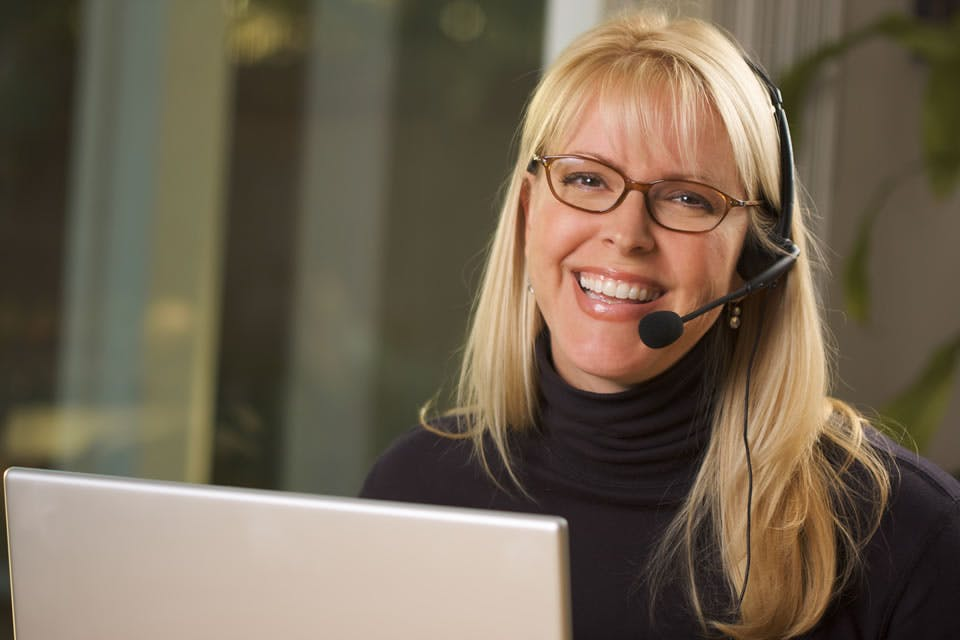 The 8 Best Benefits of Using a Virtual Receptionist