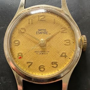 Vitnage Smiths Empire in Steel with Golden Textured Dial